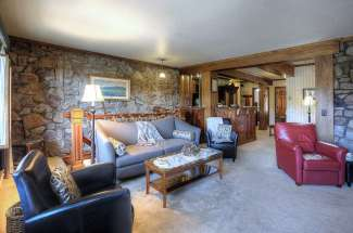 20501 Donner Pass Road, Unit 6 – Soda Springs Station