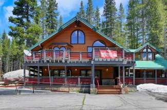 21728 Donner Pass Road, Soda Springs