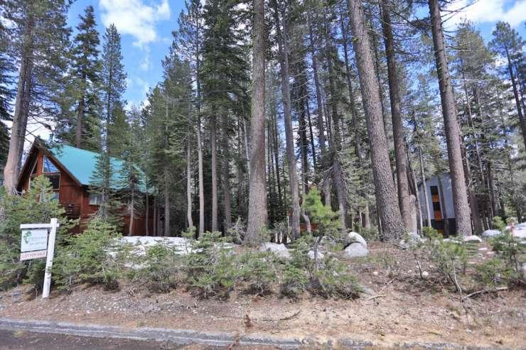 3338 Hillside Drive, Serene Lakes