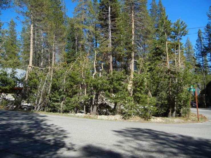 5012 Serene Road, Serene Lakes