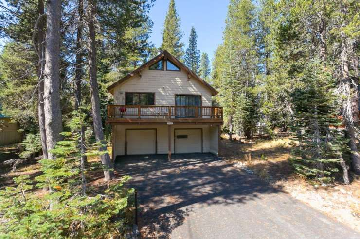 5557 Spruce Road – Serene Lakes