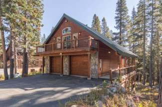 6452 Hillside Drive, Serene Lakes