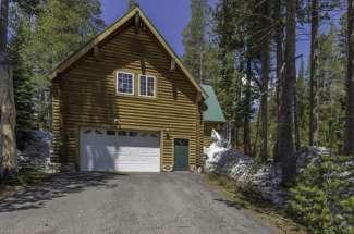 8183 Serene Road, Serene Lakes