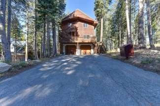 8415 Hillside Drive, Serene Lakes